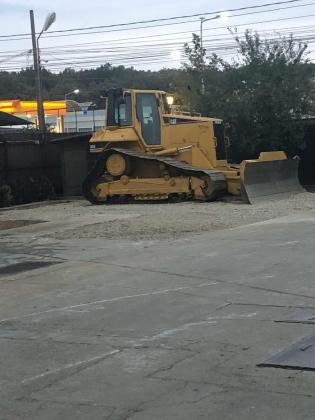 Inchiriez buldozer