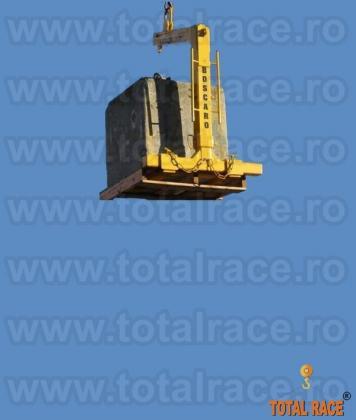 Furci macara profesionale oferite de Total Race